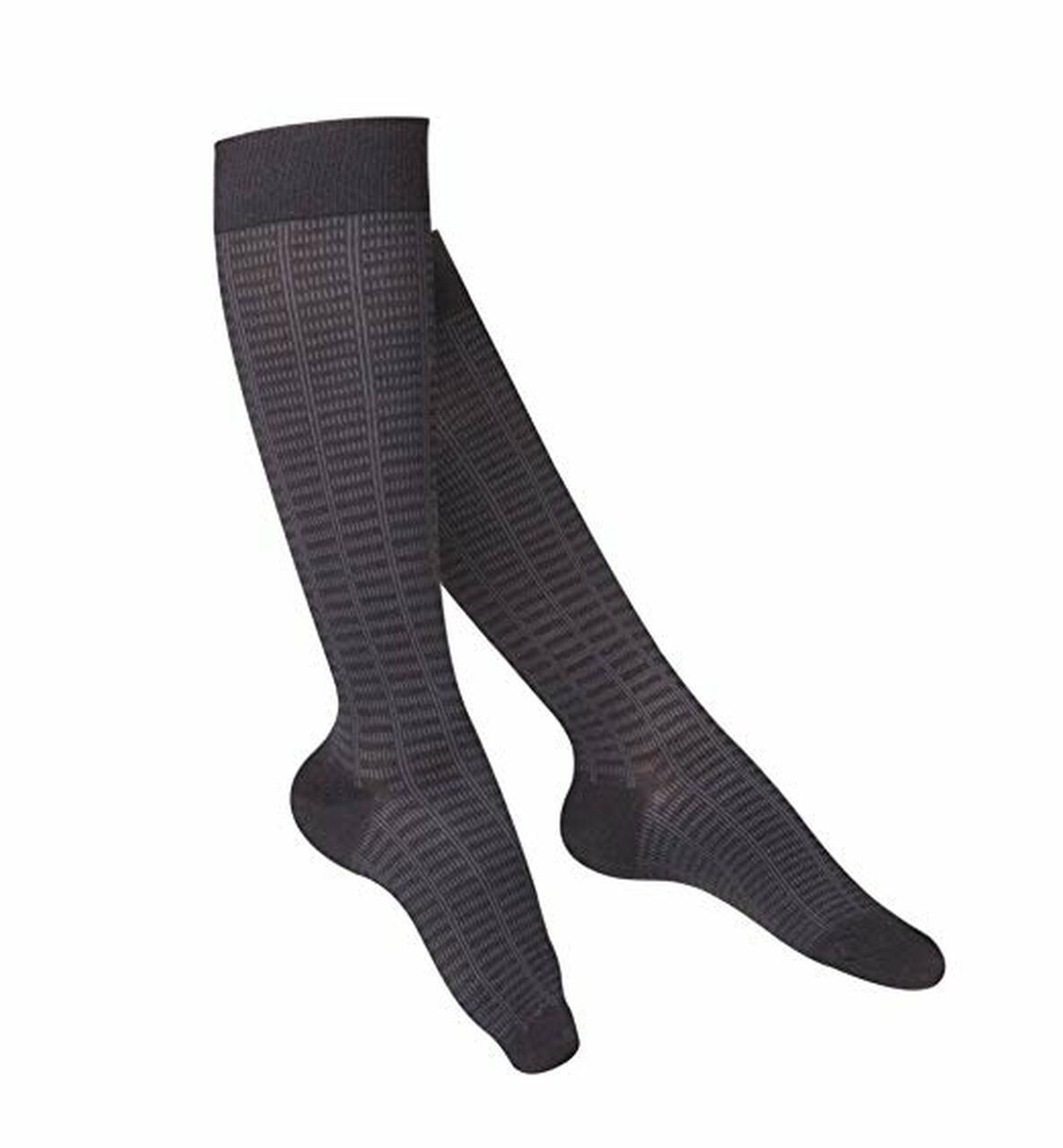 AIR 1061CH-M | Truform Ladies Touch Knee High Compression Socks
